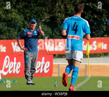 Stadium Carciato, Dimaro, Italy. 13th July, 2019. Pre-season football freindly, Napoli versus Benevento; Carlo Ancelotti coach of Napoli gives instructions to his players Credit: Action Plus Sports/Alamy Live News - Stock Image
