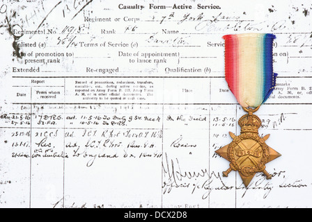 First World War medal and reproduction of casualty form. - Stock Image
