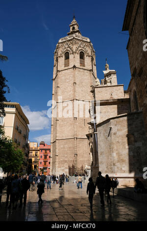 The landmark Miguelete Bell Tower, part of  Valencia Cathedral, Plaza de la Reina, Valencia, Spain - Stock Image