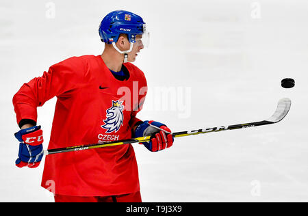 Bratislava, Slovakia. 19th May, 2019. Czech ice hockey player David Sklenicka attends a training session of the Czech national team prior to today's match against Austria at the 2019 IIHF World Championship in Bratislava, Slovakia, on May 19, 2019. Credit: Vit Simanek/CTK Photo/Alamy Live News - Stock Image