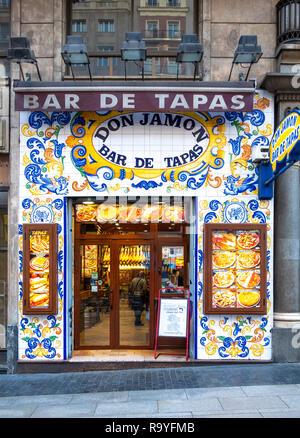 Madrid  Don Jamon Bar de Tapas. Decorative glazed ceramic tiles on traditional tapas bar on Madrid Gran Via. - Stock Image