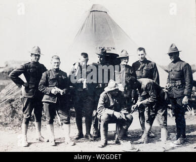 Early arrivals in France ca. 1917-1918 - Stock Image