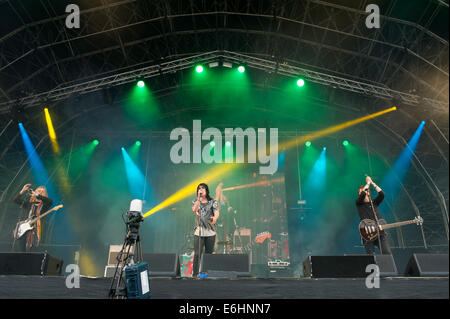 Southsea, UK. 24th Aug, 2014. Victorious Festival - Sunday, Southsea, Hampshire, England. The Struts on stage during - Stock Image
