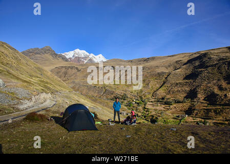 Camp in the high Andes along the Cordillera Real Traverse, Bolivia - Stock Image