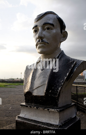 A bust sculpture of Dr. Jose Rizal at Fort Santiago inside the Intramuros area of Manila, Philippines. - Stock Image