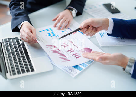 Showing chart - Stock Image