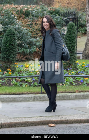 London, United Kingdom. 21 January 2019. Theresa May greets New Zealand prime minister Jacinda Ardern at 10 Downing Street. Credit: Peter Manning/Alamy Live News - Stock Image