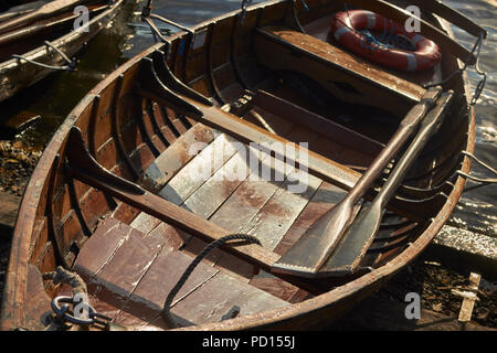 Wooden Row Boats on Lake Windermere, Lake District National Park, Cumbria, England, UK - Stock Image