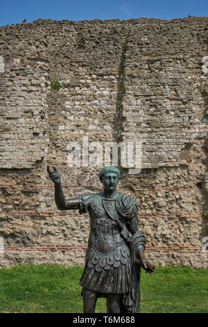 the roman wall in london - Stock Image