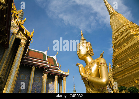 Thailand, Bangkok. Wat Phra Kaew (also known as Temple of the Emerald Buddha). - Stock Image
