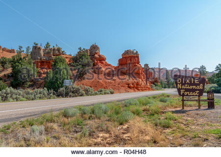 Dixie National Forest Sign in Western USA In Red Canyon, United States a large, brown sign posted by the side of scenic highway 12. - Stock Image