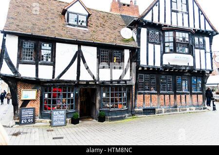 Gert & Henry's restaurant York city restaurants Yorkshire UK England Tudor building Tudor buildings UK shop - Stock Image
