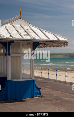 Wind Shelter, Weymouth Beach, Dorset, UK. - Stock Image
