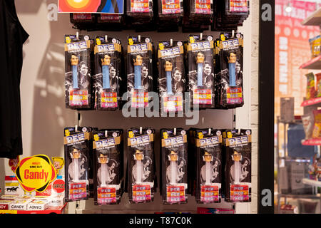 ELVIS PRESLEY Pez dispensers for sale at It'sugar, a candy by the pound chain store. In Greenwich Village, New York City. - Stock Image