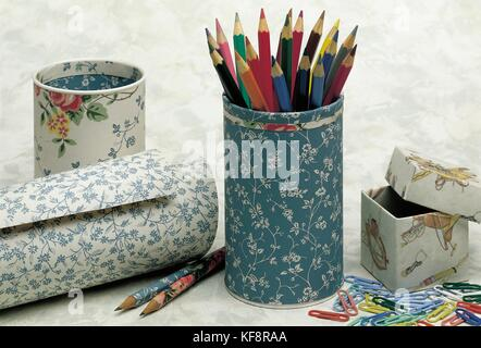 STILL LIFE OBJECTS DESK (lining CARD) - Stock Image