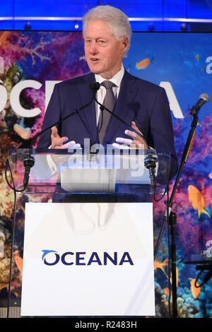 OCEANA honors Morgan Freeman and Sam Waterston at their New York Gala at the Rainbow Room in NYC  Featuring: Bill Clinton Where: Manhattan, New York, United States When: 13 Oct 2018 Credit: Rob Rich/WENN.com - Stock Image