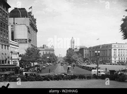 View down Pennsylvania Avenue towards U.S. Capitol, Washington, D.C. ca. May 1934 - Stock Image