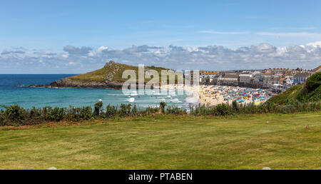 Looking towards Porthmeor beach, St. Ives, Cornwall, England, UK - Stock Image