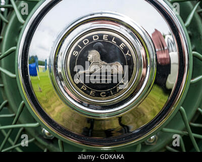 Close-up of a Siddeley Special Motor Car Hub Cap, taken at the Wrotham Classic Steam and Transport Rally - Stock Image