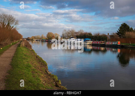 Gloucester and Sharpness Canal, near Slimbridge, Gloucestershire, UK - Stock Image