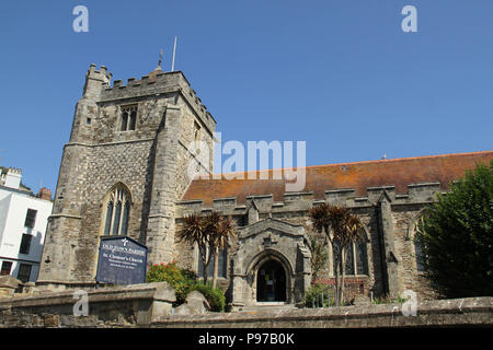 Hastings, UK -July 14 2018: St Clement's Church in Old Town Parish in  the fishing port of Hastings on a hot summers day as the temperatures sore to above 27 degrees on 14 July 2018.  Hastings on the south coast of England is 53 miles south-east of London and is 8 miles from where the  Battle of Hastings took place in October 1066. Credit: David Mbiyu Credit: david mbiyu/Alamy Live News - Stock Image