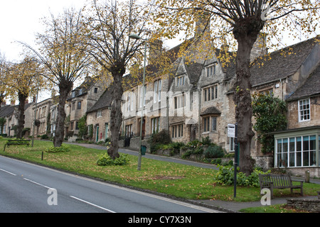Burford High Street, Cotswolds, England - Stock Image
