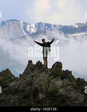 Hiker on Rocky Mountain National Park ridge colorado - Stock Image