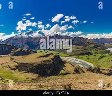Rocky Mountain and Diamond Lake in the Mt Aspiring National Park near Wanaka, New Zealand - Stock Image