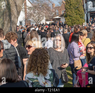 Braintree, UK. 29th Mar, 2019. funeral of Prodigy frontman Keith Flint at St Mary's Church in Bocking attended by hundreds of his fans and locals Credit: Ian Davidson/Alamy Live News - Stock Image