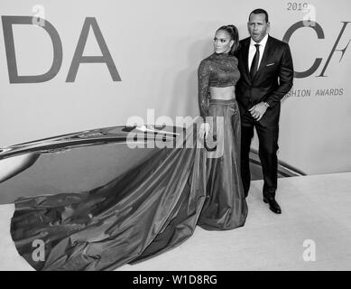 New York, NY - June 03, 2019: Jennifer Lopez and Alex Rodriguez attend 2019 CFDA Fashion Awards at Brooklyn Museum - Stock Image