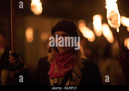 Lewes, UK 4th Nov. 2017 Bonfire night / Guy Fawkes Night in the East Sussex town of Lewes Credit: Beren Patterson/Alamy - Stock Image