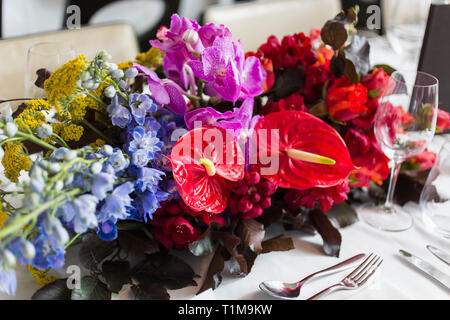 Still life vibrant, tropical table bouquet - Stock Image