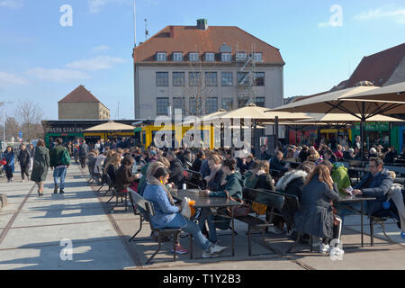 Broens Gadekøkken, the Bridge Street Kitchen, Christianshavn, at the end of the inner harbour bridge, on the opening day in spring. warm and sunny - Stock Image