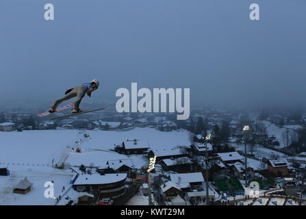 Bischofshofen, Austria. 05th, Jan 2018. Wolny Jacub from Poland competes during a training jump on day 7 of the - Stock Image