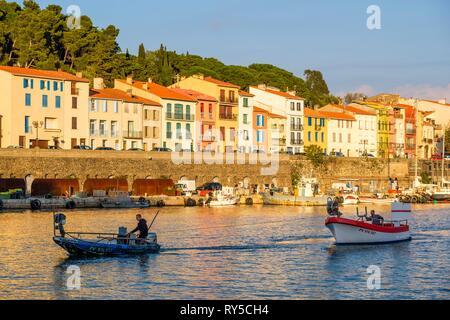 France, Pyrenees Orientales, Cote Vermeille, Port-Vendres, the harbour, quai du Fanal - Stock Image