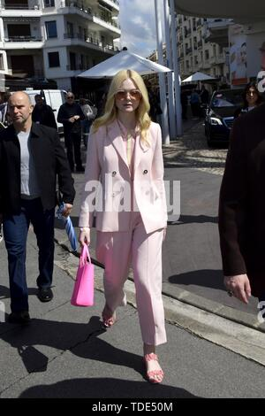 72nd Cannes Film Festival 2019, Celebrity Sightings. Pictured: Elle Fanning  When: 15 May 2019 Credit: IPA/WENN.com  **Only available for publication in UK, USA, Germany, Austria, Switzerland** - Stock Image