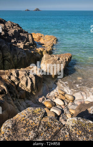 Porth Nanven beach and shoreline on the dramatic north Atlantic coast of Cornwall, England, UK - Stock Image