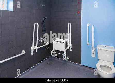 Disabled wetroom bathroom. - Stock Image