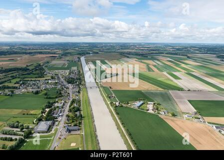 France, Manche, Beauvoir, River Couesnon, polders (aerial view) - Stock Image
