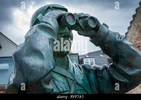 The Watcher, a sculpture by Kenny Hunter, North Berwick Harbour, East Lothian, Scotland, UK - Stock Image