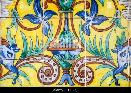 Tile detail, Parque de Maria Luisa, Seville, Spain - Stock Image