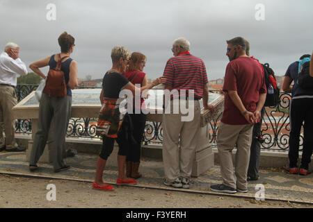 Lisbon, Portugal, 5 October, 2015. Tourists seen at Jardim de São Pedro de Alcântara - Jardim António - Stock Image