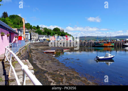 Tobermory Harbour and colourful houses on the main street on the Isle of Mull - Stock Image