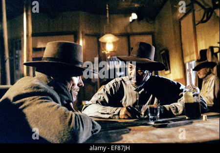 CLINT EASTWOOD & MORGAN FREEMAN UNFORGIVEN (1992) - Stock Image