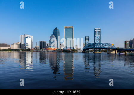Jacksonville skyline over St Johns River, Florida, USA - Stock Image