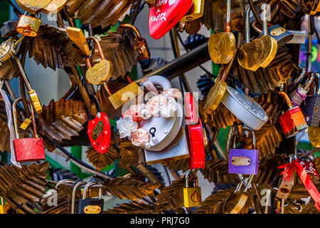 Love red romance lock on the bridge,padlocks, love - Stock Image