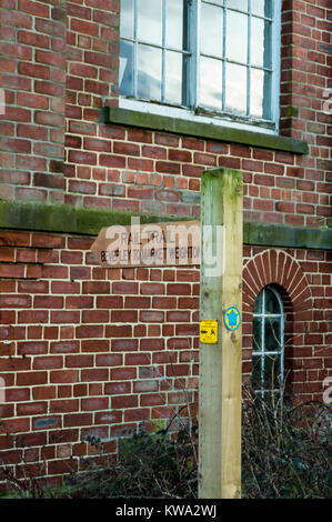 Fingerpost on the Hudson Way Rail Trail on the route of former York to Beverley railway, Kiplingcotes, East Riding, - Stock Image