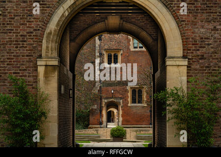 The quad of a college in Cambridge (England) - Stock Image