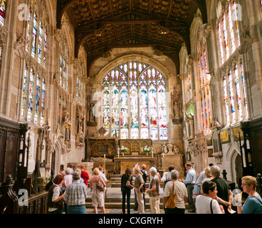 People inside Holy Trinity Church in Stratford upon Avon viewing the grave of William Shakespeare Stratford upon - Stock Image
