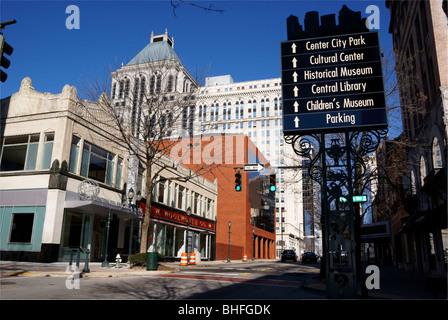 Greensboro, North Carolina, NC. Elm street. - Stock Image